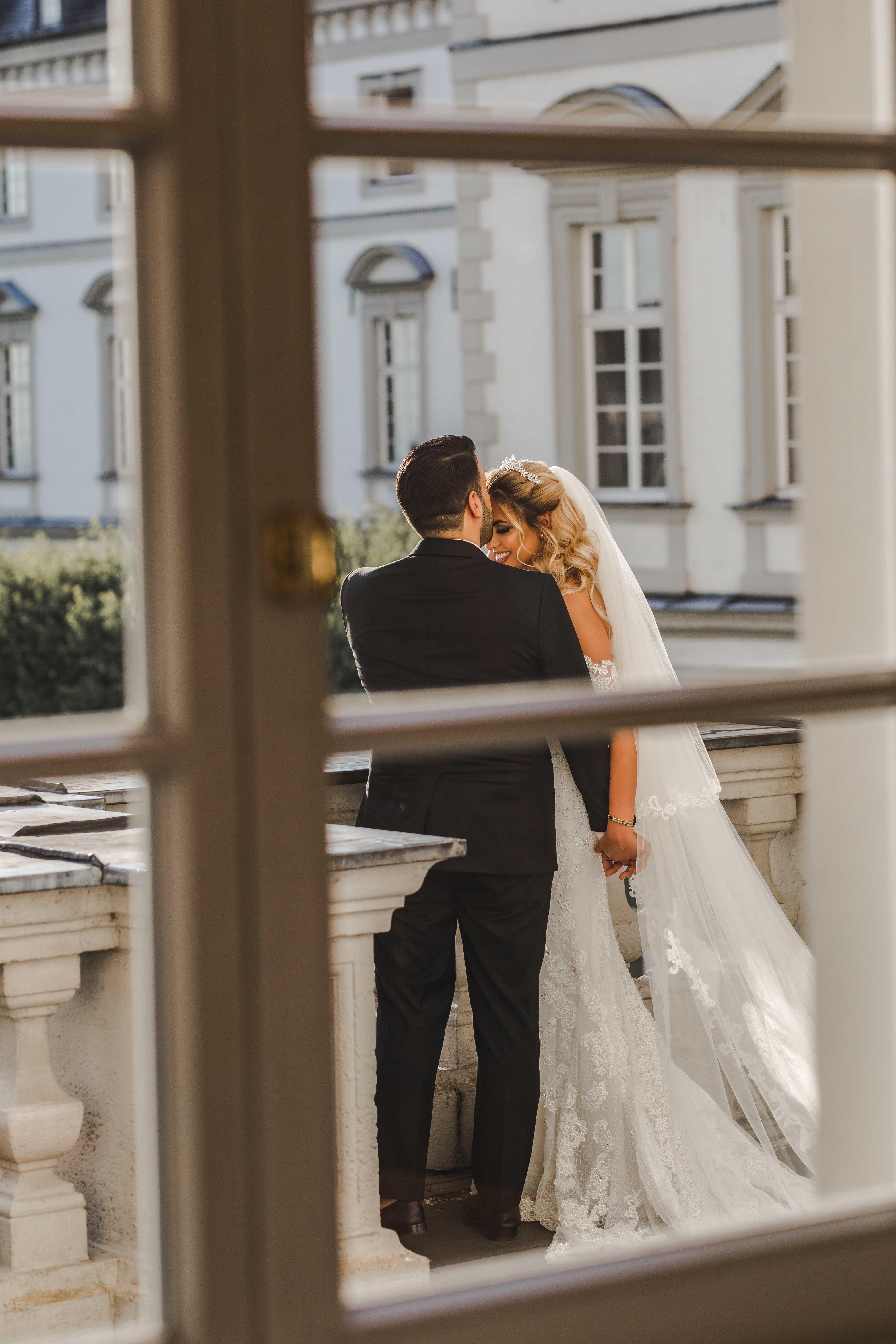 Darman und Leila heiraten in einem zauberhaften Schloss